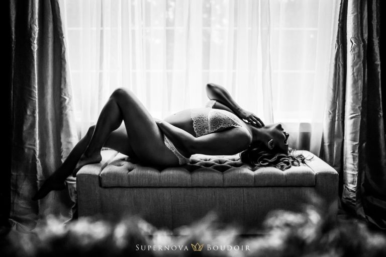 Ashburn and Leesburg boudoir photographer lingerie photography nude artist