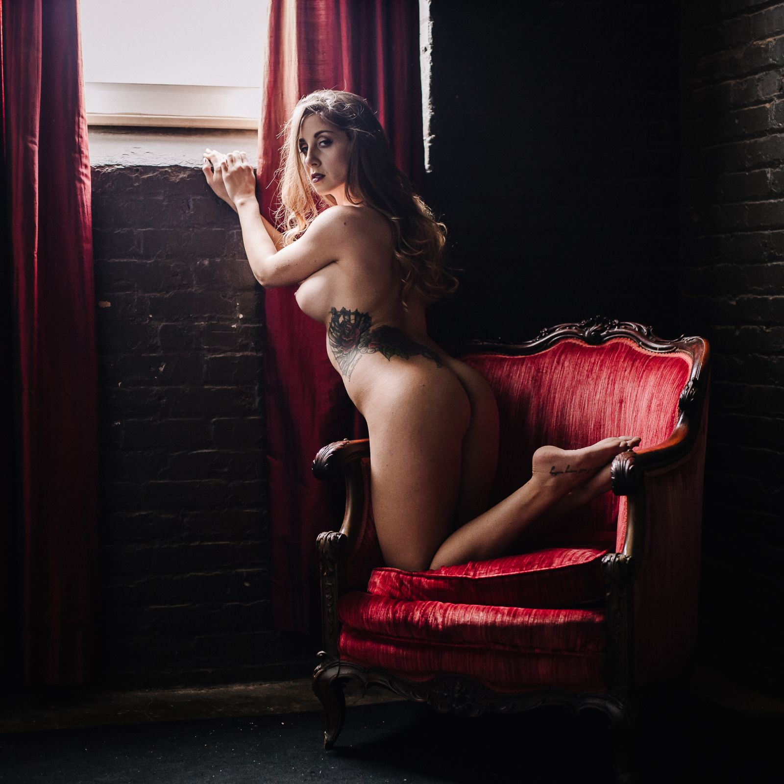 nude portrait artist boudoir photographer boudoir photography in dc maryland virginia west virginia