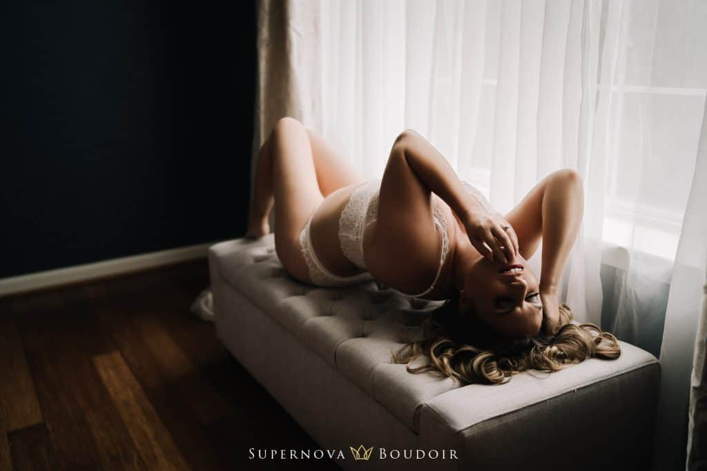 Ashburn and Leesburg boudoir photographer lingerie photography nude artist