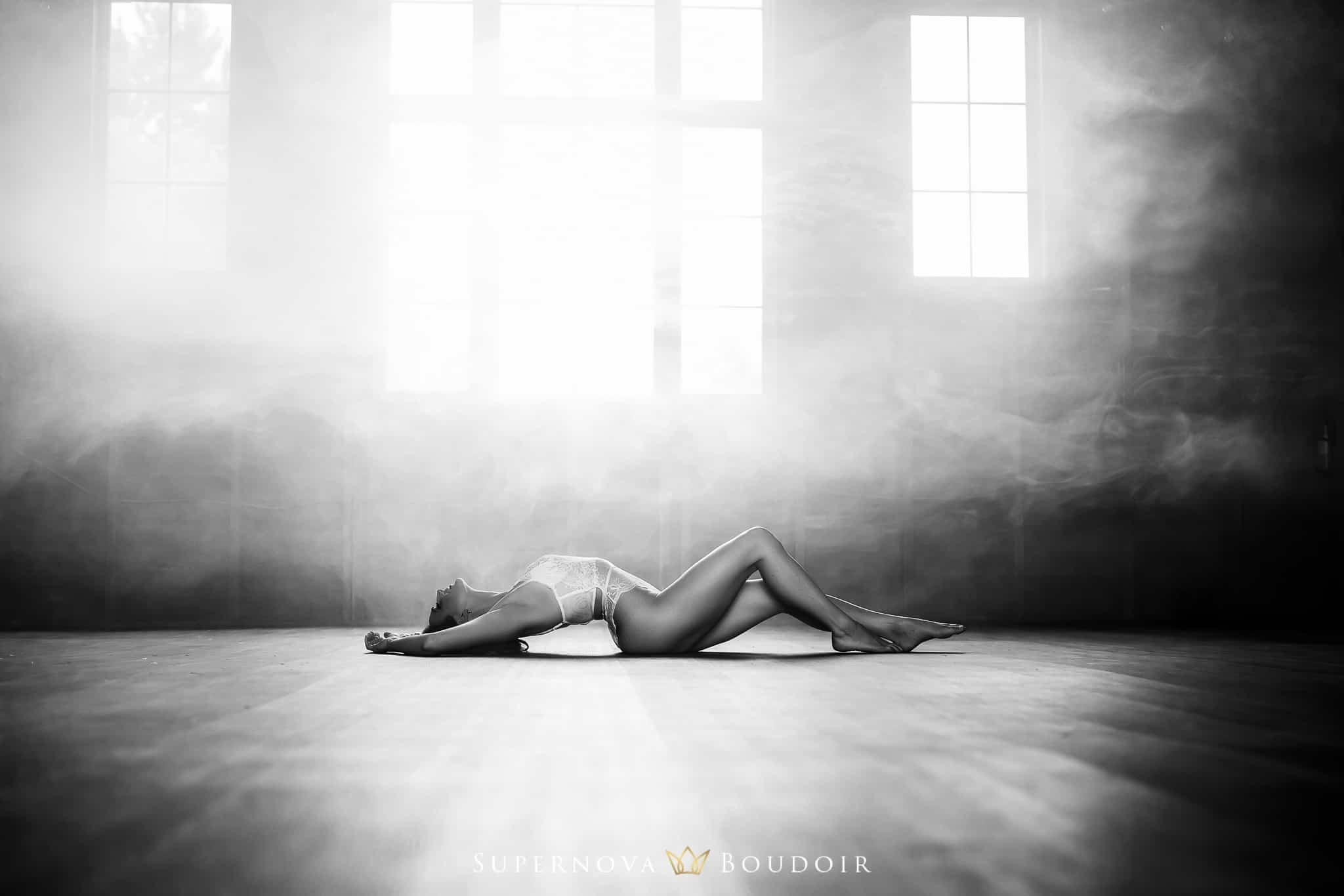 best friend glamour session virginia boudoir photographer