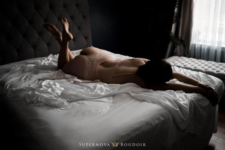 DC Northern Virginia Boudoir Photographer - Ashburn, VA boudoir photographer