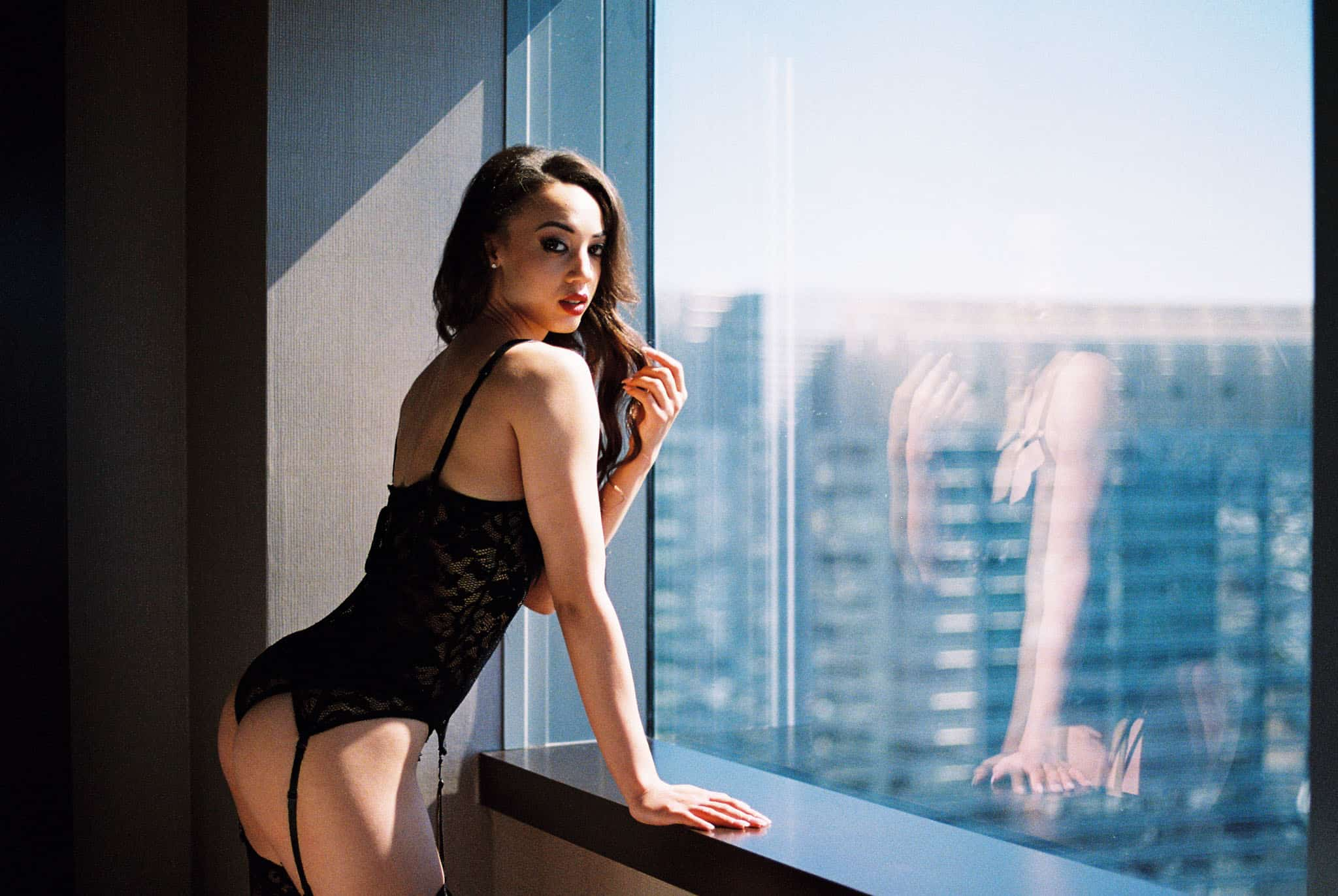 boudoir session shot on film at the Vdara resort in las vegas by jennifer james of supernova boudoir