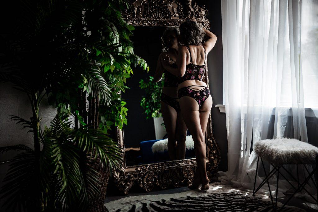 front royal boudoir photographer